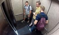แกล้งคนในลิฟต์ 55+