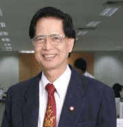 �Դ�������칹���� (Father of Thai E-learning)