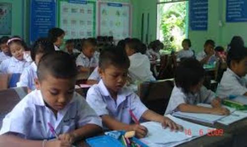 โครงสร้างหลักสูตรใหม่ป.1เน้นเรียนภาษาไทย
