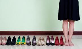 ทำไมหนอ ผู้หญิงถึงชอบรองเท้าส้นสูง