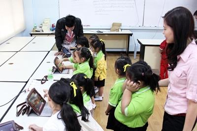 ร.ร.พระหฤทัยฯ สร้างห้องเรียนอัจฉริยะ เปิดโลกการเรียนรู้มุ่งสู่ สมาร์ทสคูล