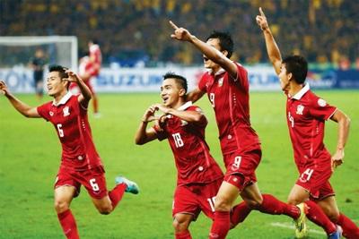 เอกราช เก่งทุกทาง เขียนเตือนทีมชาติไทยชุดแชมป์ซูซูกิคัพ อย่าเป็นดรีมทีม!