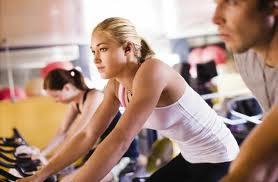 ออกกำลังกายเป็นประจำทำให้เงินเดือนสูงขึ้น
