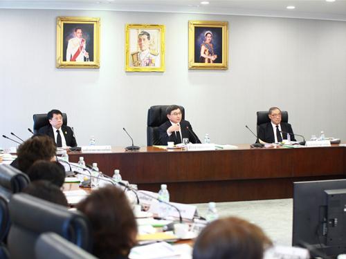 ผลวิจัยตลาดแรงงานชี้ 5 บทเรียนพัฒนาคนสู่ไทยแลนด์ 4.0 ต้องฟังภาคธุรกิจ-วิเคราะห์ต้นทุนจังหวัด