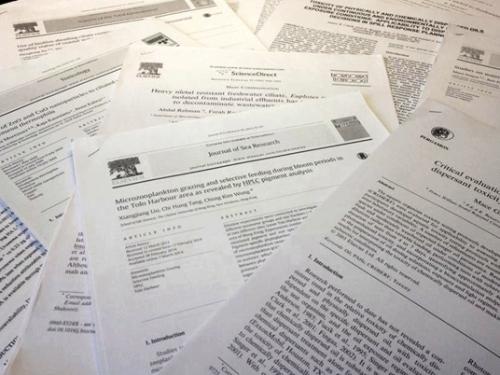 นักวิชาการมาเลเซีย ตีพิมพ์ผลงานวิชาการ เเซงหน้าสิงคโปร์-ไทย