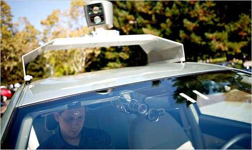 """กูเกิลเจ๋งทดลอง""""รถแห่งอนาคต Google Car """"วิ่งได้เองบนท้องถนน"""