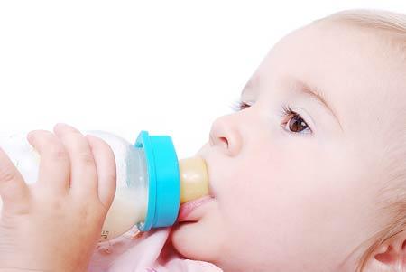 อันตราย! ขวดนม 80% มีสารเคมีอันตราย กระทบระบบสืบพันธุ์