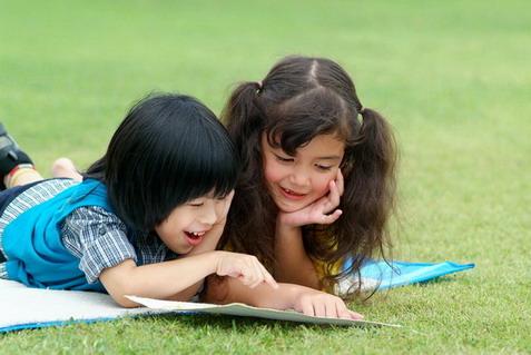 กระบวนการในการใช้หนังสือเพื่อการพัฒนาเด็กวัย 0-3 ปี