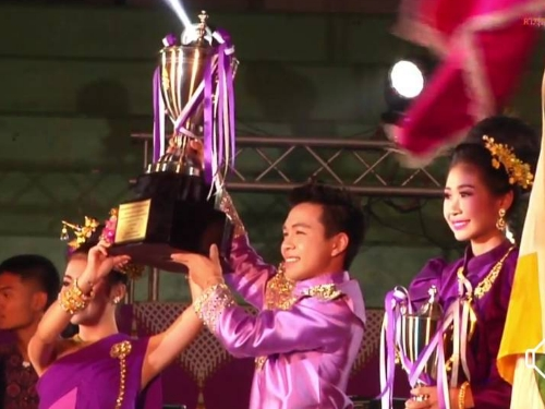 วงดนตรี Y.R.C. Combo โรงเรียนยุพราชวิทยาลัย จังหวัดเชียงใหม่ ชนะเลิศการประกวดวงดนตรีลูกทุ่งระดับประเทศ