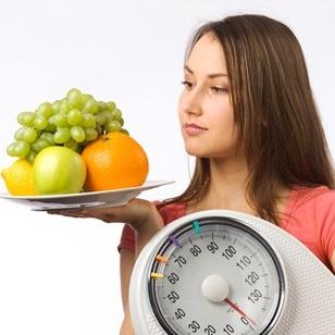 8 นิสัยการทานอาหารที่คุณสาว ๆ มักทำพลาด
