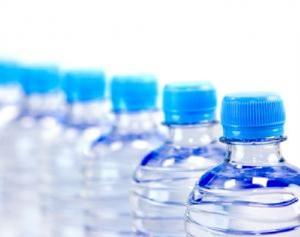 กรมวิทย์ยัน ตรวจขวดน้ำพลาสติกทิ้งกลางแดดร้อน ไม่พบสารพิษไดออกซิน